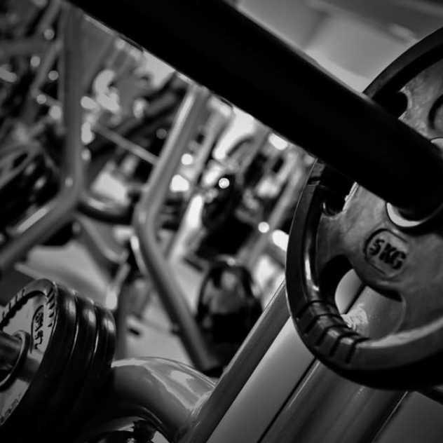 Perzcourt - siłownia, fitness and tennis club